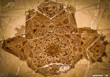 Ceiling art - desperately needs restoration