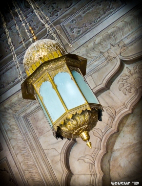 A lamp inside the main prayer hall